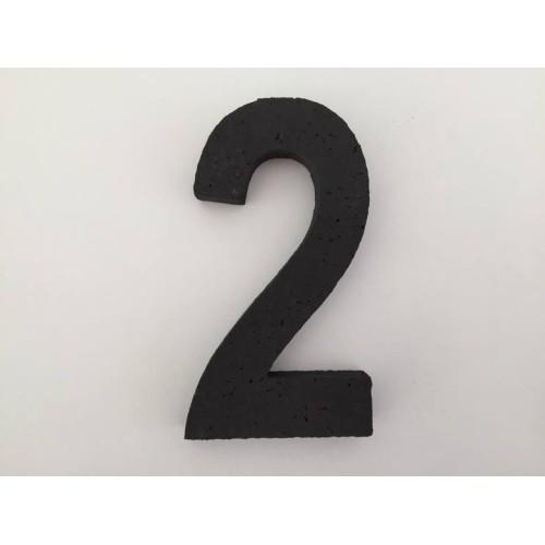 Črna številka 2