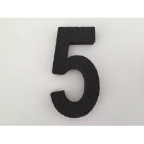 Črna številka 5
