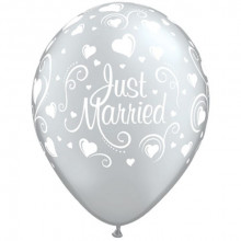 Balloon Just Married Hearts