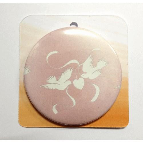 Button badge - Love Dove