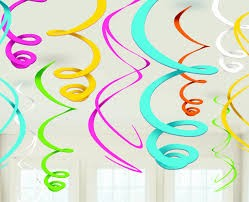 Hanging swirl decoration